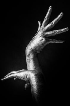 Dancing hand by nucky_dana on 500px