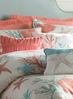 Discover our favorite nautical quilts and nautical bedding sets including comforters, duvet covers, and more with nautical themes like anchors and more. Nautical Bedding Sets, Coastal Bedding, Coastal Bedrooms, Tropical Bedrooms, Best Bedding Sets, Queen Bedding Sets, Luxury Bedding Sets, Designer Comforter Sets, Bedroom Themes
