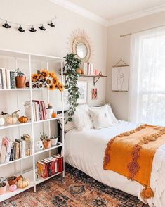 120 Absolute Stunning Boho Bedroom Designs - Page 5 of 6 - Cozyhome 101 Bedroom Decor For Teen Girls, Teen Room Decor, Room Ideas Bedroom, Small Room Bedroom, Bedroom Inspo, Small Rooms, Boho Teen Bedroom, Diy Bedroom, Dorm Room Designs
