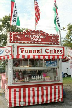 County fair food booth,funnel cakes and elephant ears! Carnival Food, Carnival Rides, South Korea Photography, Attraction, Fair Rides, Fair Theme, Country Fair, My Favorite Color, Summer Fun