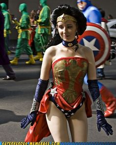 Victorian Wonder Woman - an interesting twist to keep in mind for other characters.  Plus, the gaggle of Kick Ass(es) in the background...