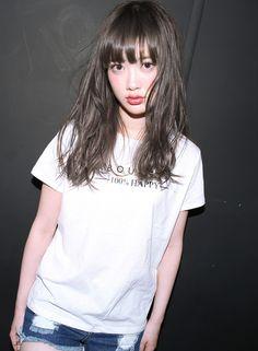 ハーフブリーチ+ホワイトハーフブラウン【suburbia】 http://www.beauty-navi.com/style/detail/57913?pint ≪#haircolor #hairstyle #ヘアカラー #外国人風 #ヘアスタイル #髪形 #髪型 #グレージュ #longhair #ロング ≫