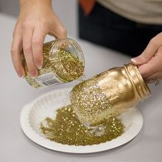 Sprinkle Your Glitter diy centerpieces rustic DIY – Glitter Mason Jar Centerpieces Pot Mason Diy, Mason Jar Crafts, Bottle Crafts, Mason Jar Centerpieces, Black And Gold Centerpieces, Black And Gold Party Decorations, Glitter Centerpieces, Diy Decorations For 50th Birthday, Diy Party Centerpieces