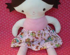Boneca Mariani com saia
