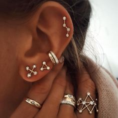 Ear Cuff Set Rose Gold and Gold Brass - Set of Two - No Piercing - Wire Wrapped - Ear Wraps - Cartilage Earrings - Custom Jewelry Ideas Ear Jewelry, Cute Jewelry, Body Jewelry, Jewelery, Jewelry Necklaces, Gold Bracelets, Initial Necklaces, Jewelry Ideas, Resin Jewelry