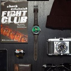 Men's accessories featuring Seiko, Chuck Palahniuk, Lomography, Ray Ban and Apple!
