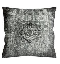 Velvet Cushion Cover $17.95 http://www.hm.com/us/product/18964?article=18964-A