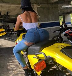 Dr 650, Stunts, Mom Jeans, Bike, Toyota, Spandex, Collection, Cars, Fashion