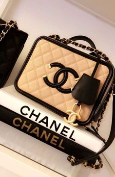 Chanel Vanity Case Bag Hi girls! Today we are going to talk about cute Chanel Vanity case bag! Because box bags are getting trend every single day! And if you're a real Chanel. Cheap Purses, Cute Purses, Cheap Handbags, Purses And Handbags, Popular Handbags, Cheap Bags, Big Purses, Fall Handbags, Wholesale Handbags