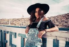Hit the Road with LF Stores' Festival Ready Looks Portrait Photography, Fashion Photography, Lost Highway, Desert Fashion, Fashion Killa, Fashion Trends, What's Your Style, Festival Outfits, Dress Me Up