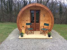 Hire a luxury pod in this rural retreat in the Shropshire countryside. It includes a mattress, kettle, fridge and microwave. With plenty of walks nearby this is the perfect base to relax and plan your next adventure!