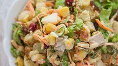 Reteta de Salata cu piept de pui si crutoane Carne, Sprouts, Potato Salad, Salads, Food And Drink, Potatoes, Chicken, Vegetables, Ethnic Recipes