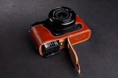 Genuine Real Leather Half Camera Case Bag for FUJIFILM XE1 XE2 XE2S Bottom Open #TP