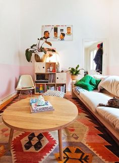 Beci & Raph's Most Excellent Make & Do Adventure — House Tour | Apartment Therapy