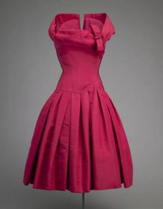 Cocktail Dress  Christian Dior, 1954  The Chicago History Museum