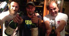 Los tres nada chiflados del vino - http://www.saboresquematan.net/portfolio-item/los-tres-nada-chiflados-del-vino/