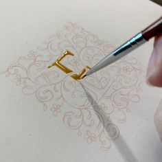 Pencil Lettering and Illuminated Letters with Evelyn Wong Pencil Calligraphy, How To Write Calligraphy, Calligraphy Letters, Pablo Picasso Drawings, Picasso Art, Art Drawings, Elements Of Art Texture, Texture Art, Illuminated Letters