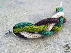tricotin knit bracelet