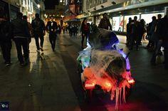 #ev #electricvehicle #halloween #madrid #callao #costume #ecar #ebike #electrico #battery #batteries #power #gogreen #scary #ghost