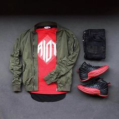 WEBSTA @ wdywt -  or : #WDYWTgrid by @colorwaze#mensfashion #outfit #ootd: #Supreme #EPTM #FinallyMade: #Zara: #AirJordan 12 'Flu Game'#WDYWT for on-feet photos#WDYWTgrid for outfit lay down photos•