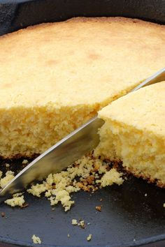 Cast Iron Skillet Corn Bread #Recipe