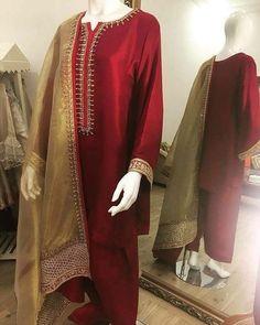 Order contact my WhatsApp number 7874133176 Pakistani Fashion Party Wear, Pakistani Wedding Outfits, Indian Outfits, Stylish Dress Designs, Stylish Dresses, Casual Dresses, Ladies Dresses, Shadi Dresses, Nikkah Dress