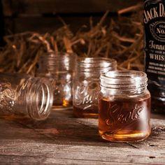 Adorable mason jar shot glasses