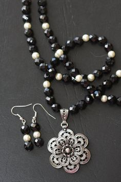 Black White Silver Neutral Statement Quirky Funky Chunky Boho Artsy Necklace
