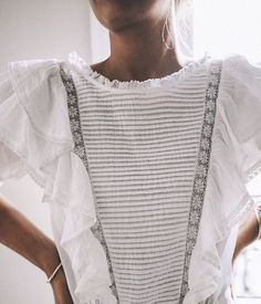 Fashion Tips To Consider Before You Get Dressed In The Morning >>> More info could be found at the image url. Look Fashion, Fashion Beauty, Womens Fashion, White Fashion, Latest Fashion, Fashion Ideas, Fashion Tips, Fashion Trends, Mode Style