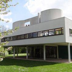 Le+Corbusier's+Villa+Savoye+encapsulates+the+Modernist+style