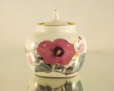 Fine Porcelain Sugar Bowl, Retro Bowls, Vintage Sugar Jar Bowl With Lid Sugar Pot Floral Sugar Bowl 1970s Sugar Bowl Vintage Porcelain Bowls