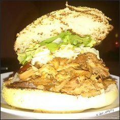 Fantastic Pulled Pork Burger  #pulledpork #foodstagram #foodporn #Burger #rossobiancominden