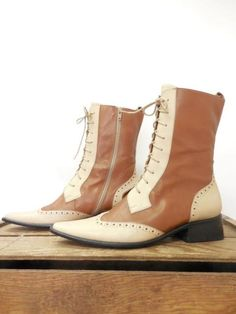 DIZZY Vintage Cream Brown Leather Wing Tip Lace Granny Roper Boots Women 7.5 38 ~ Too bad about the zipper!!