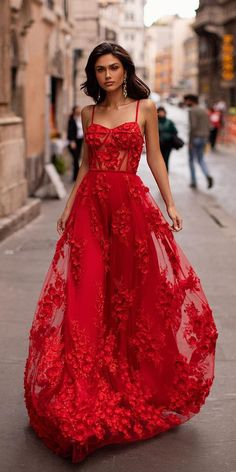 Country Wedding Dresses, Colored Wedding Dresses, Best Wedding Dresses, Red Dress For Wedding, Red Mermaid Wedding Dress, Floral Formal Dresses, Red Wedding Gowns, Gala Dresses, Evening Dresses