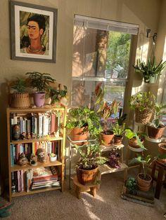 Room Design Bedroom, Room Ideas Bedroom, Bedroom Decor, Room Ideias, Room With Plants, Indie Room, Pretty Room, Aesthetic Room Decor, Dream Rooms