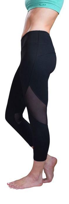 Jessica Mesh Capri Yoga Pants (Black)