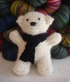 Crochet Bear Meet C., also known as Flat Bear. A student brought a version of this pattern to a class recently, and I fell in love. It's a class. Knitting Bear, Teddy Bear Knitting Pattern, Knitted Teddy Bear, Crochet Teddy, Crochet Bear, Easy Knitting, Cute Crochet, Loom Knitting, Knitting For Charity