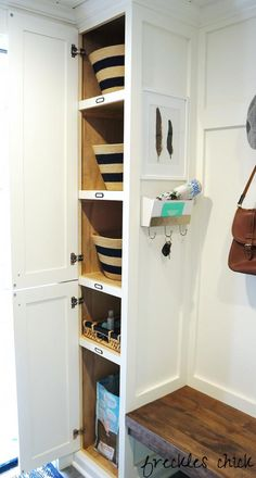 freckles chick: mudroom storage (baskets are for hats, gloves, scarves and sunscreen/tissues; plus spot for reusable grocery bags)