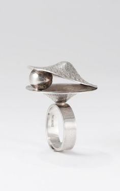 ELIS KAUPPI-FI for Kupittaan Kulta, vintage silver ring, 1970's. #Finland   NordlingsAntik.com