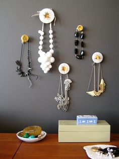 40 Ideas Diy Jewelry Hanger Necklace Display Drawer Pulls For 2019 Jewelry Storage Solutions, Jewellery Storage, Jewelry Organization, Storage Ideas, Jewellery Displays, Jewellery Holder, Earring Storage, Diy Jewelry Hanger, Hanging Jewelry