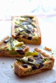 Torta Salata con Asparagi, Caprino e Patate Viola Muffins, Fate, Quiche, Fairies, Waffles, Bread, Cooking, Breakfast, Kitchen