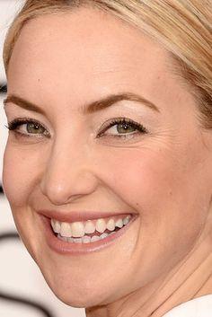 Close-up of Kate Hudson at the 2015 Golden Globe Awards.