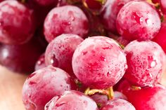 Olives, tart cherries and red onions are among the best 10 foods to fight inflation.