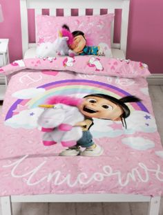 This official Despicable Me Daydream Fluffy Unicorn Single Panel Duvet Cover Set features Agnes and Fluffy Unicorn and is reversible too. Free UK delivery available Pink Wallpaper Bedroom, Pink Bedroom Walls, Pink Bedroom Design, Bedroom Designs, Bedroom Sets, Girls Bedroom, Minions, Bed Duvet Covers, Duvet Sets