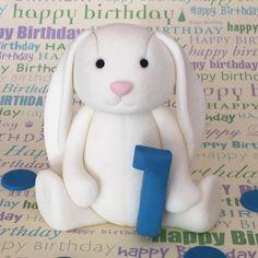 Fondant Bunny #firstbirthday #xbakesbyximena #bunny #bunnytopper #littleboyscake #rabbit #fondantbunny #cutebunny #etsy #handmadetopper #instabunny #fondantcaketopper #topper #fondant #sugarart #sugarartist #fondantart #firstbirthday #bunny #bunnycake