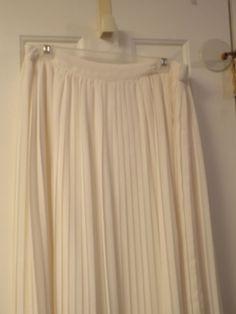 Lauren Conrad Size Large Ivory Pleated Maxi Skirt Fashion Glamour #LCLaurenConrad #Pleated