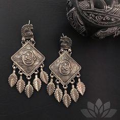 Divine! . . . #PraDeJewels #925silver #silverjewelry #uniquejewelry 925 Silver, Silver Jewelry, Bohemian Jewelry, Unique Jewelry, Boho Fashion, Fashion Accessories, Brooch, Earrings, Jewellery