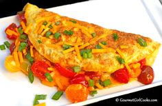 Gourmet Girl Cooks: Tomato, Cheddar & Onion Omelet