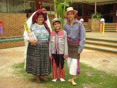 Traje ceremonial de Mixco, traje de niño de Todos Santos, traje de hombre de Patzun.
