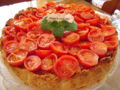Torta di riso e tonno con pomodorini